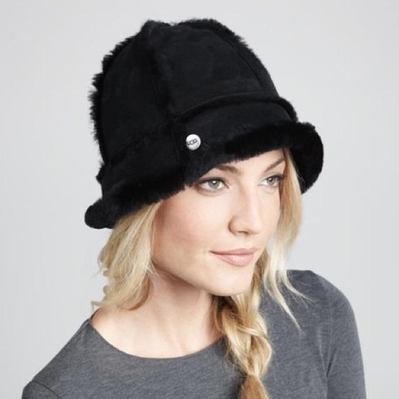 216da801860 UGG Leather Black Fur Bucket Hat. M 5bea2d494ab6332745b30627. Other  Accessories ...